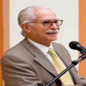 Carlos Montúfar