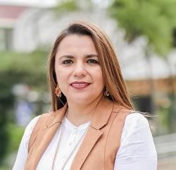 Karina Paola Valarezo Gonzalez